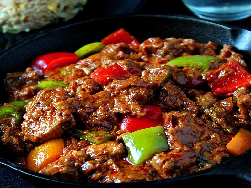 How to cook spicy capsicum chicken Gravy