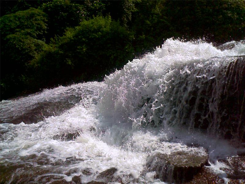 siruvani-waterfalls-in-coimbatore